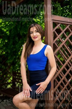 Nadia from Sumy 34 years - desirable woman. My small public photo.
