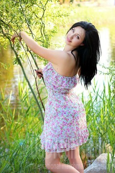 Nadya from Zaporozhye 37 years - seeking soulmate. My small public photo.