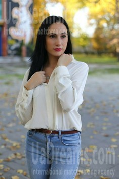 Liliya from Kremenchug 28 years - attentive lady. My small public photo.