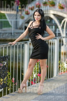 Kseniya from Kremenchug 24 years - favorite dress. My small public photo.