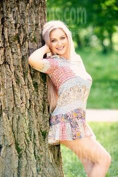 Svetlana from Ivano-Frankovsk 36 years - amazing appearance. My small public photo.