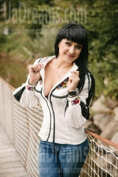 Sveta from Ivanofrankovsk 38 years - bright smile. My small public photo.