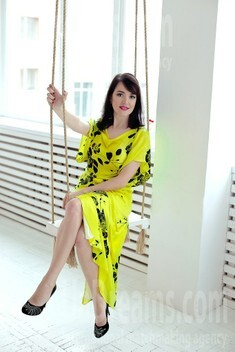 Olya from Sumy 40 years - single russian woman. My small public photo.