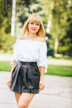 Olga from Poltava 40 years - girl for dating. My small public photo.