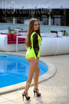 Snezhana from Odessa 27 years - girl for dating. My small public photo.