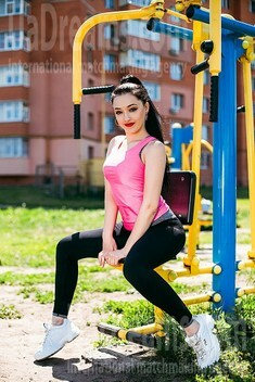 Diana from Sumy 22 years - independent woman. My small public photo.