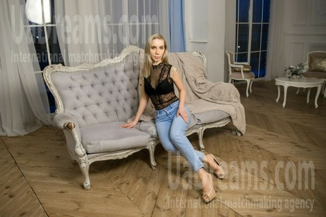 Victoria from Kharkov 37 years - lovely girl. My small public photo.