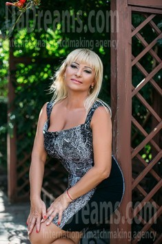 Tanya from Sumy 57 years - amazing girl. My small public photo.