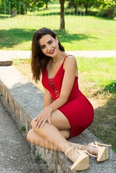 Natalie from Sumy 24 years - single russian woman. My small public photo.