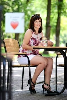 Lora 49 years - nice fiancee. My small public photo.