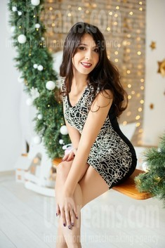 Liubov from Ivano-Frankovsk 35 years - want to be loved. My small public photo.