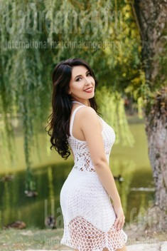 Liubov from Ivanofrankovsk 34 years - nice smile. My small public photo.