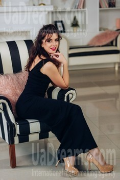 Tanya from Poltava 32 years - seeking man. My small public photo.