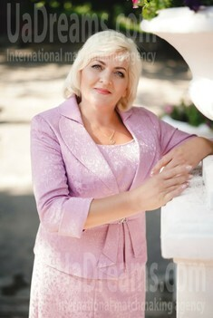 Larisa 51 years - girl for dating. My small public photo.
