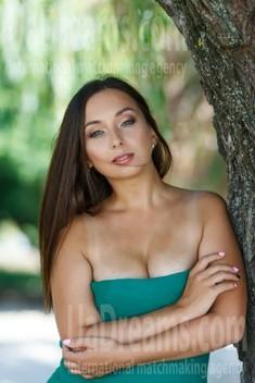 Yulia from Kremenchug 34 years - romantic girl. My small public photo.