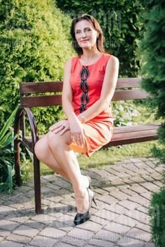 Vera from Lutsk 48 years - beautiful woman. My small public photo.