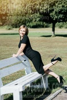 Olenka from Cherkasy 40 years - attentive lady. My small public photo.