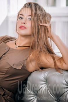 Ksenia from Lutsk 23 years - independent woman. My small public photo.