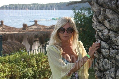 Victoria from Poltava 46 years - look for a man. My small public photo.
