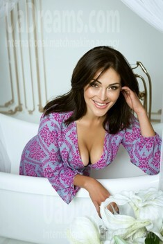 Sasha from Kiev 31 years - seeking soulmate. My small public photo.