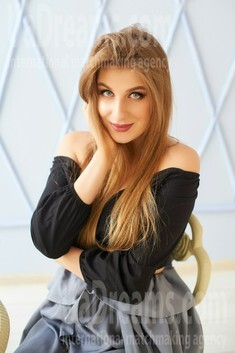 Natali from Ivanofrankovsk 22 years - attentive lady. My small public photo.
