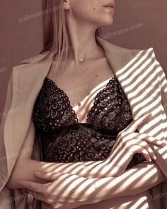 Oksana Kiev 36 y.o. - intelligent lady - small public photo.