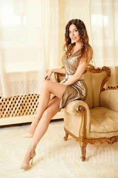 Lana from Ivano-Frankovsk 32 years - easy charm. My small public photo.