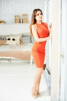 Lana from Ivano-Frankovsk 32 years - clever beauty. My small public photo.