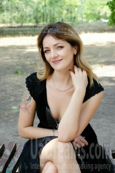 Sveta from Cherkasy 36 years - natural beauty. My small public photo.