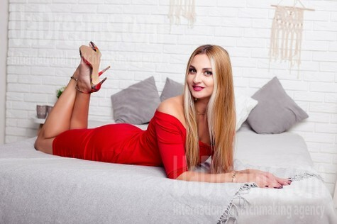 Ann from Sumy 30 years - nice fiancee. My small public photo.