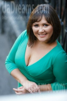 Lina from Kremenchug 37 years - want to be loved. My small public photo.