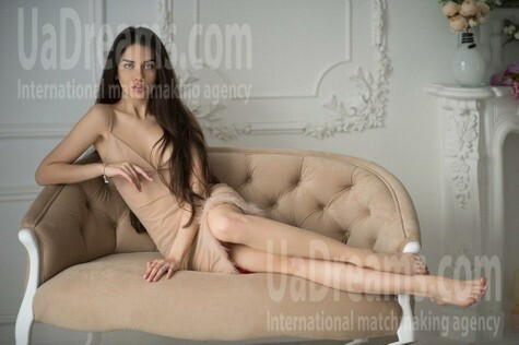 Anastasia from Lviv 21 years - attentive lady. My small public photo.