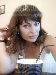 Jane from Sumy 34 years - loving woman. My small public photo.