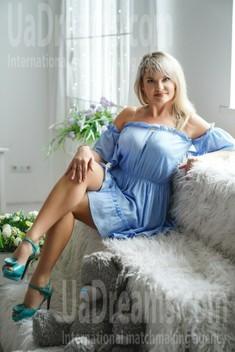 Vika 36 years - amazing girl. My small public photo.