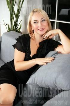 Tetiana from Zaporozhye 43 years - joy and happiness. My small public photo.