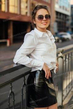 Julie Dnipro 25 y.o. - intelligent lady - small public photo.
