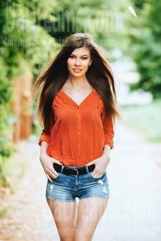 Julia from Poltava 30 years - romantic girl. My small public photo.