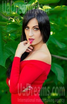 Natalie from Sumy 34 years - seeking soulmate. My small public photo.