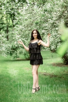 Tala from Kharkov 23 years - clever beauty. My small public photo.