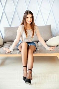 Anastasia from Ivano-Frankovsk 23 years - sunny smile. My small public photo.