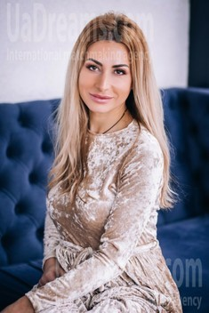 Svitlana from Lutsk 36 years - lovely girl. My small public photo.