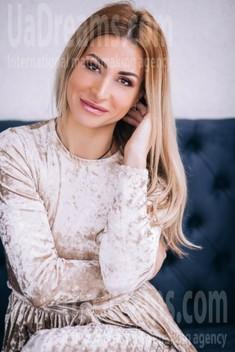 Svitlana from Lutsk 36 years - sunny day. My small public photo.