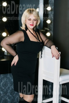 Alena from Cherkasy 46 years - Kind-hearted woman. My small public photo.