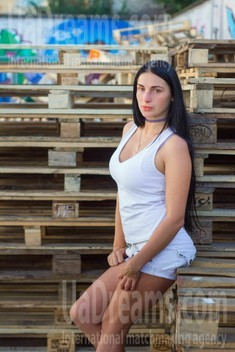 Anna from Lviv 26 years - carring woman. My small public photo.