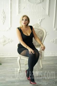 Lilia Nikolaev 38 y.o. - intelligent lady - small public photo.