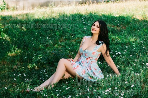 Ilona from Cherkasy 23 years - clever beauty. My small public photo.