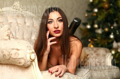 Viktoriya from Kiev 29 years - ukrainian bride. My small public photo.