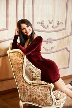 Karina from Ivanofrankovsk 23 years - smiling for you. My small public photo.