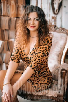 Ksyusha from Lutsk 29 years - search for love. My small public photo.