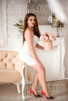 Ivanka from Lviv 33 years - wants to be loved. My small public photo.